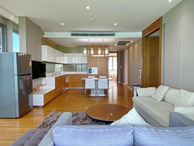 Condominium for rent Northpoint Pattaya showing the open plan concept