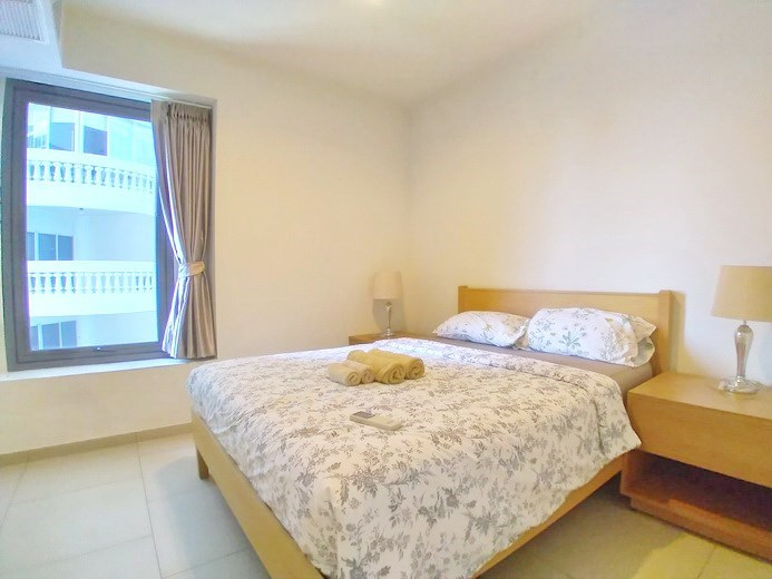Condominium for rent Wong Amat Pattaya showing the second bedroom